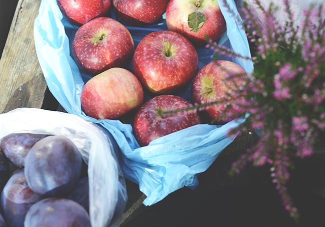 jabłko, śliwki