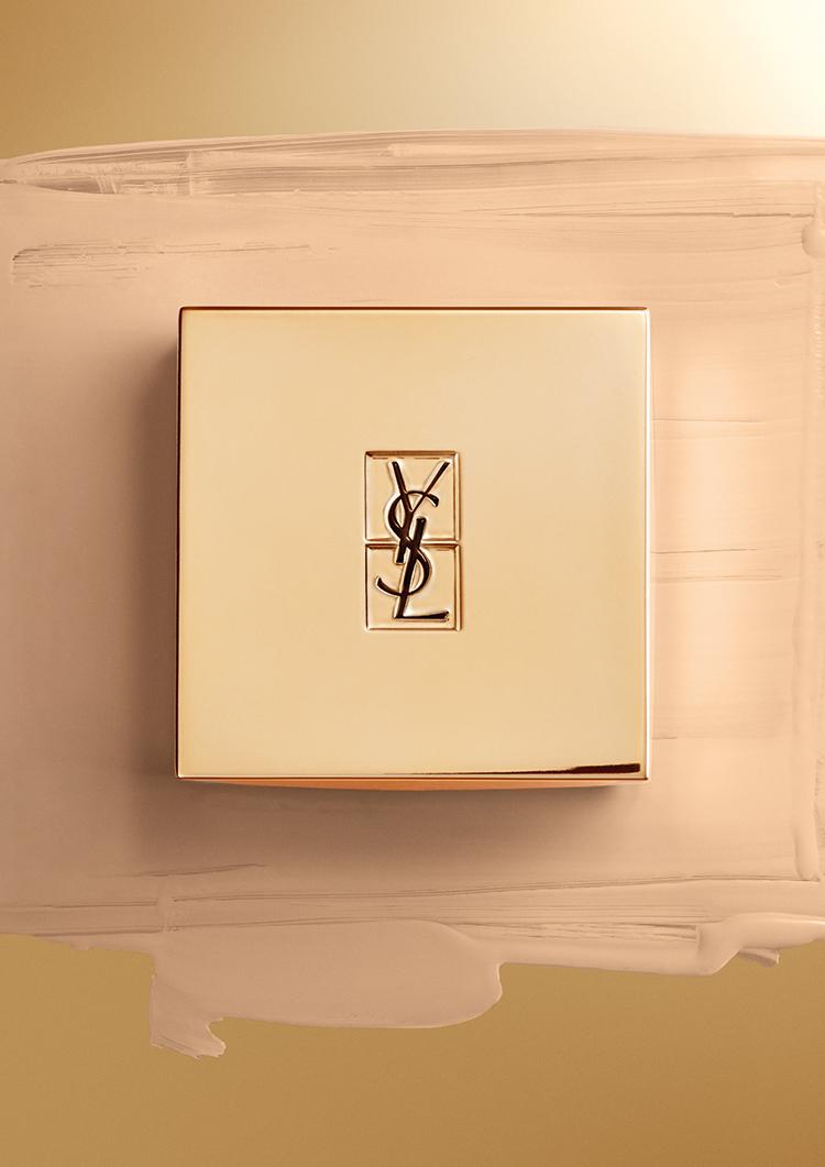 podkład w poduszeczce LE CUSHION od Yves Saint Laurent