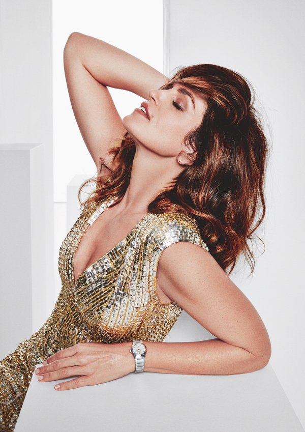 Constellation Omega, Cindy Crawford
