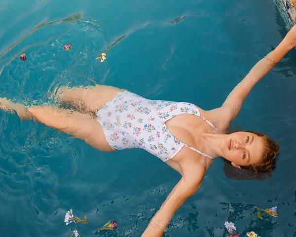 stroje kąpielowe Edited, strój kąpielowy w kwiaty