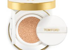 GLOW TONE UP FOUNDATION SPF 40 HYDRATING CUSHION COMPACT