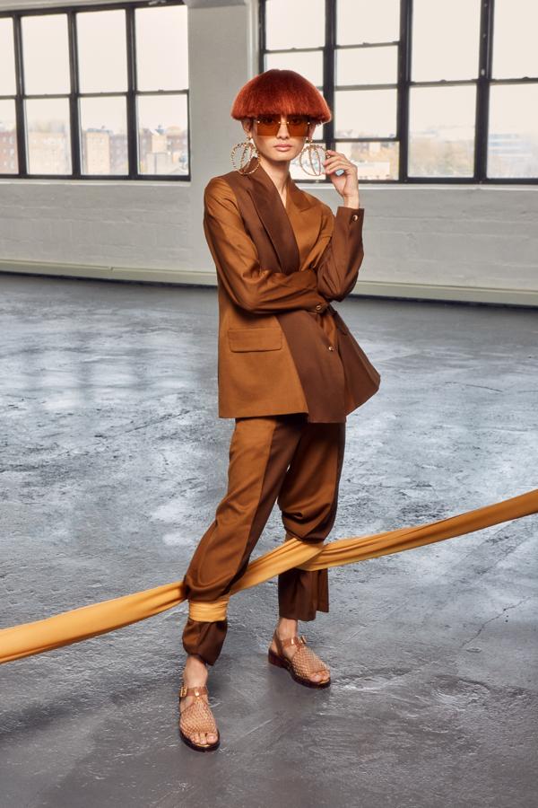 Kolekcja Melissa / Opening Ceremony to trzy zupełnie nowe modele damskich butów: sportowe klapki Flip, klapki na blokowym obcasie Ladii oraz klasyczne sandały Hatch.