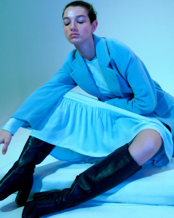 Nowa kolekcja EDITED, ubrania Edited, modne ubrania na jesień, sukienka idealna na jesień, marynarka