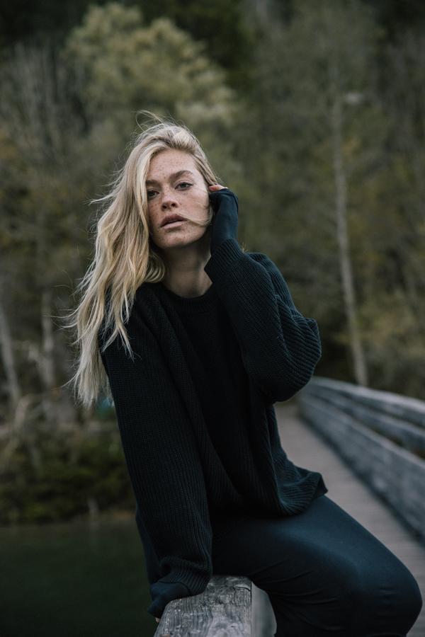 sweter MUUV