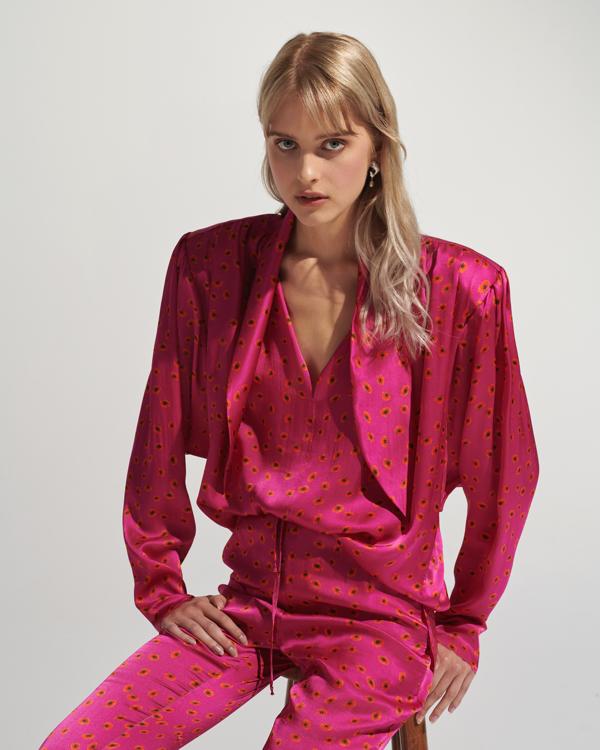 różowa bluzka Affair