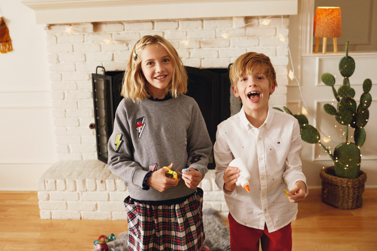 Magia Świąt w najnowszej kampanii Tommy Hilfiger