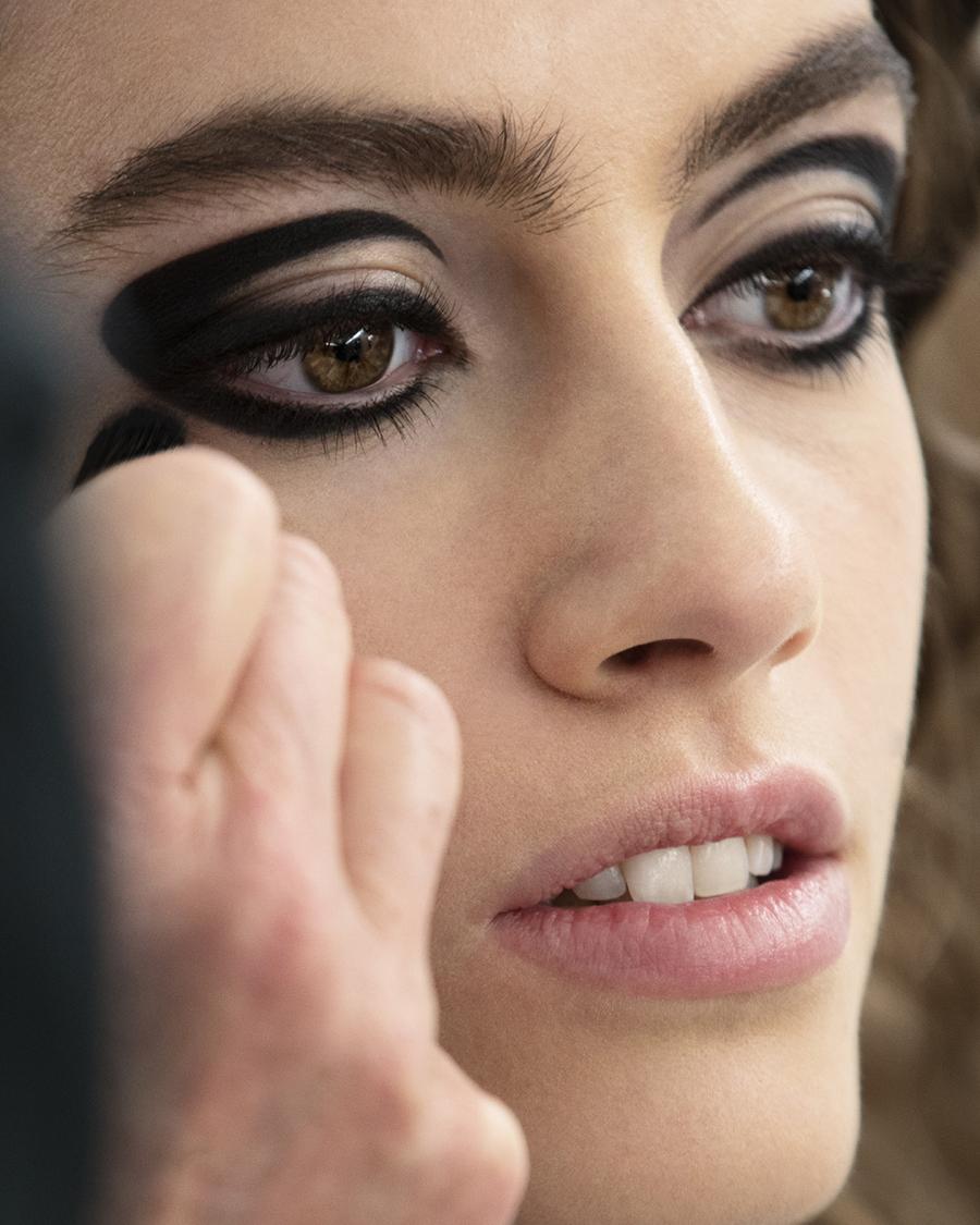 Grunge, Twiggy, lata 60- Chanel 2020/21 Métiers d'art make - up