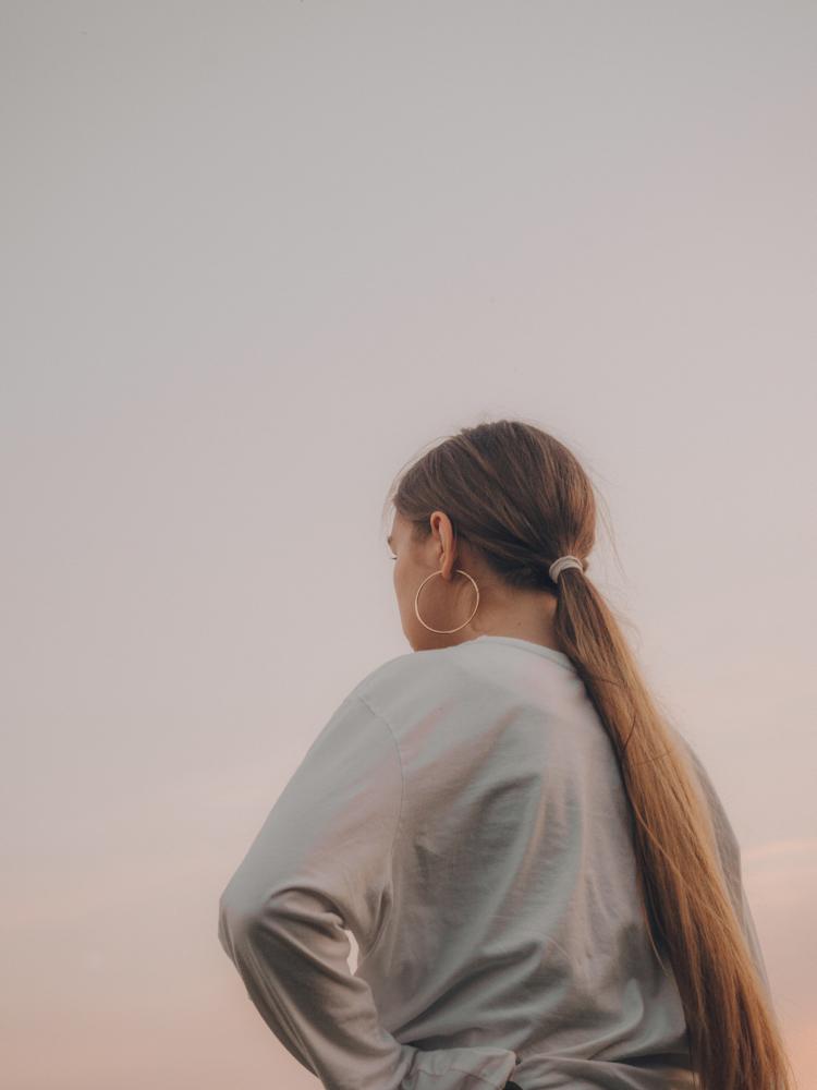 Włosy niskoporowate - jak o nie dbać?