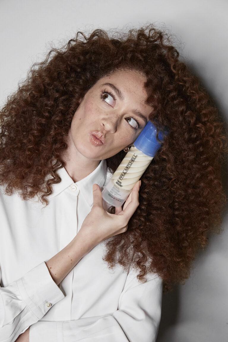 Paul MitchellTwirl Around ® – pozytywnie zakręcona stylizacja włosów kręconych